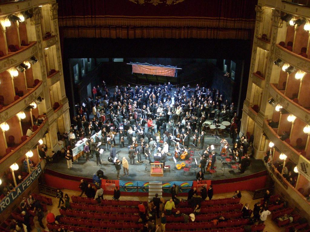 Fondazioni Lirico-Sinfoniche: niente più lavoratori a termine a vita.