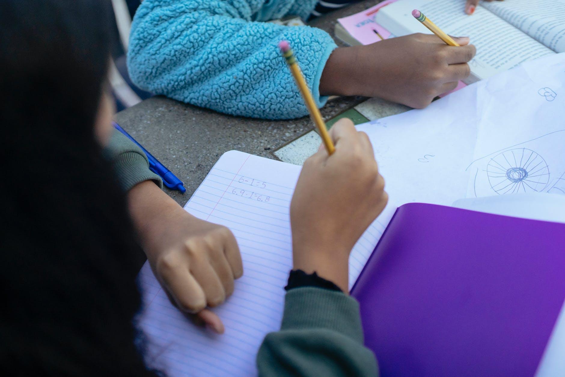 Lavoro nella scuola: 24 CFU e abilitazione all'insegnamento